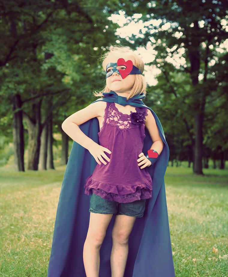 Fondation En Coeur - Petite fille super-héros